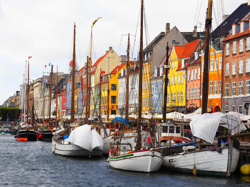 Nyhavn, canale a Copenhaghen, Danimarca fotografia stock libera da diritti