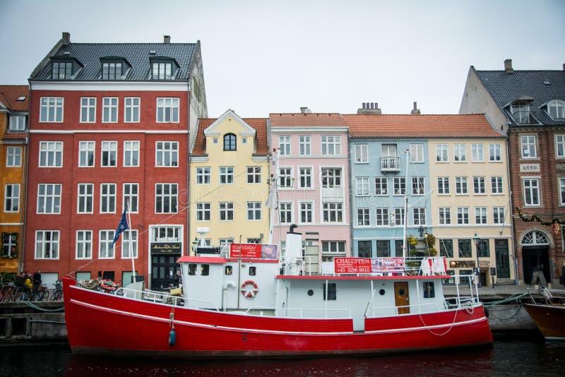 Nyhavn Dans la vieille partie de Copenhague denmark images libres de droits