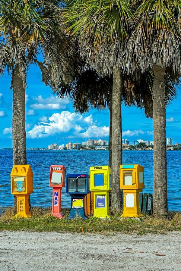 Nyheterna- och tidskriftställningar i Sarasota royaltyfri fotografi