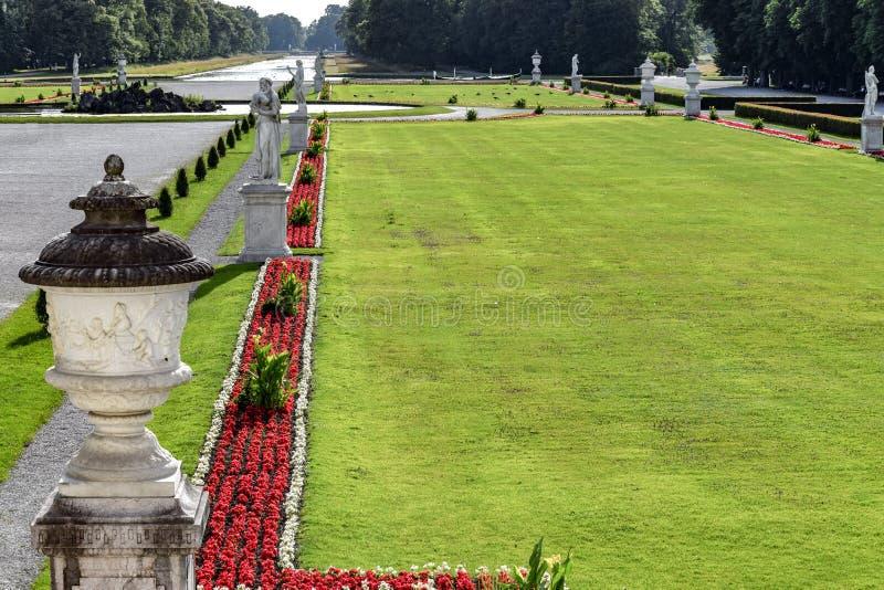 Nymphenburg pałac piękny ogrodowy widok obrazy stock