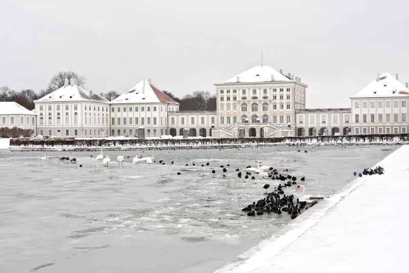 Nymphenburg slott i vinter, Munich germany arkivfoton