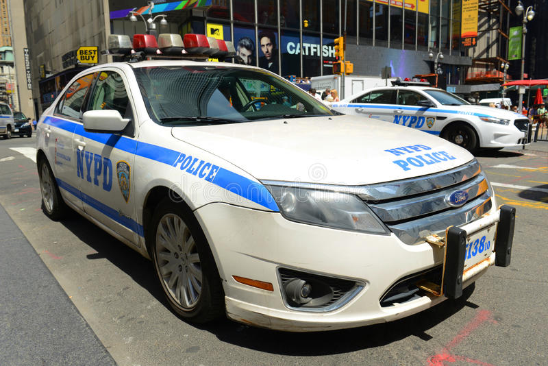 Download NYPD Ford Fusion Hybrid Police Car Dans NYC Photo stock éditorial - Image du ville, combat: 76089768