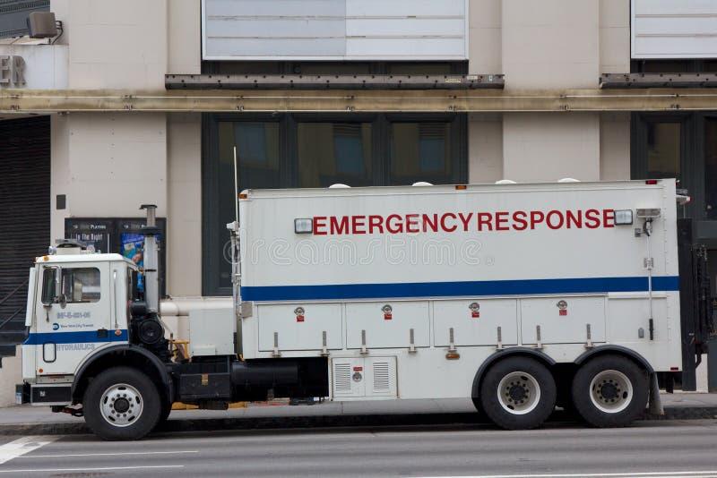 NYPD Notfallschutz-LKW lizenzfreie stockfotos