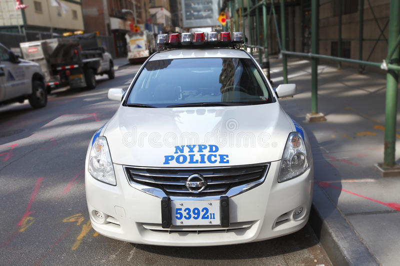 Download NYPD police car editorial photo. Image of manhattan, speeding - 28047216