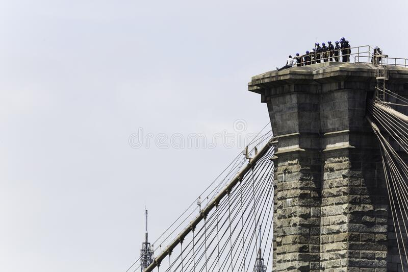 NYPD rescues man who climbed to top of Brooklyn Bridge stock image
