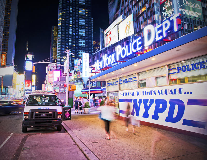 NYPD in Times Square stock foto's