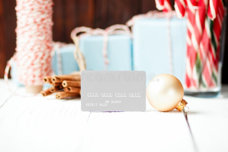 Nytt år för julsammansättning som säljer cre för rabattbegreppsgrå färger royaltyfri bild