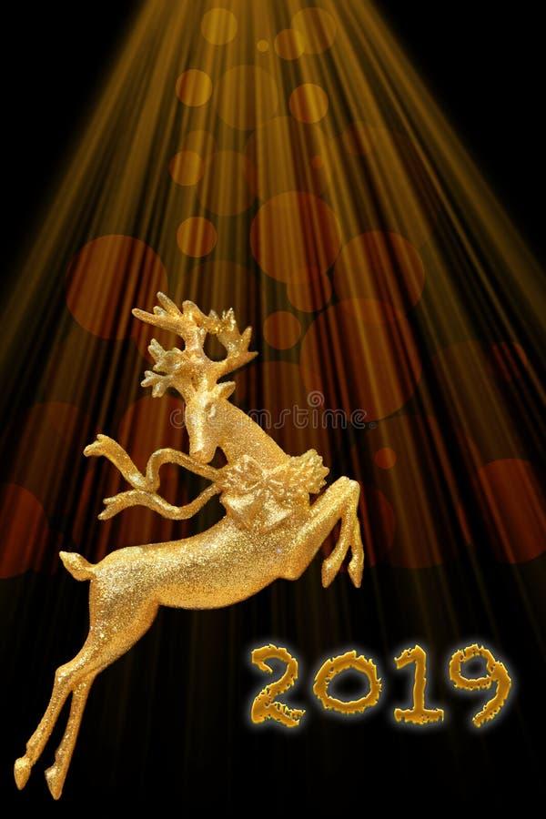 Nytt år 2019 och Cristmas kort Guld- hjortar på bakgrundsnollan arkivbild