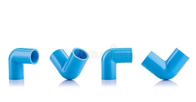 Nytt blått PVC-kontaktdon för vattenröret som isoleras på vit arkivfoto