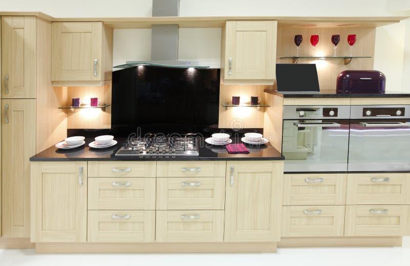 nytt dyrt kök royaltyfria foton