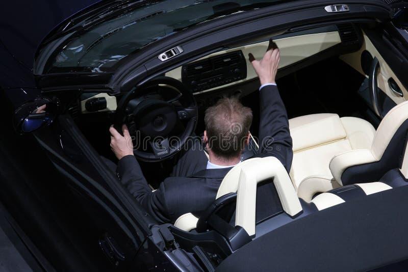 nytt försöka för bil ut royaltyfri foto