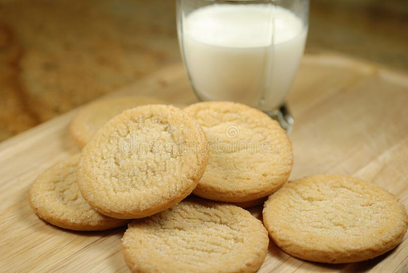 Nytt gjorda Sugar Cookies arkivbilder