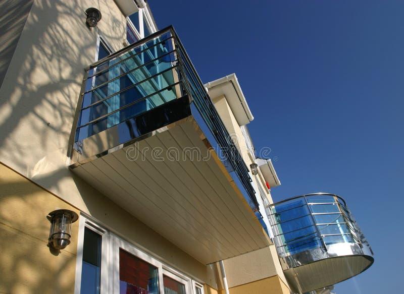 nytt hus 2 arkivfoton