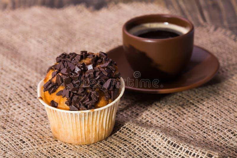 Nytt läckert muffinbageri arkivbild