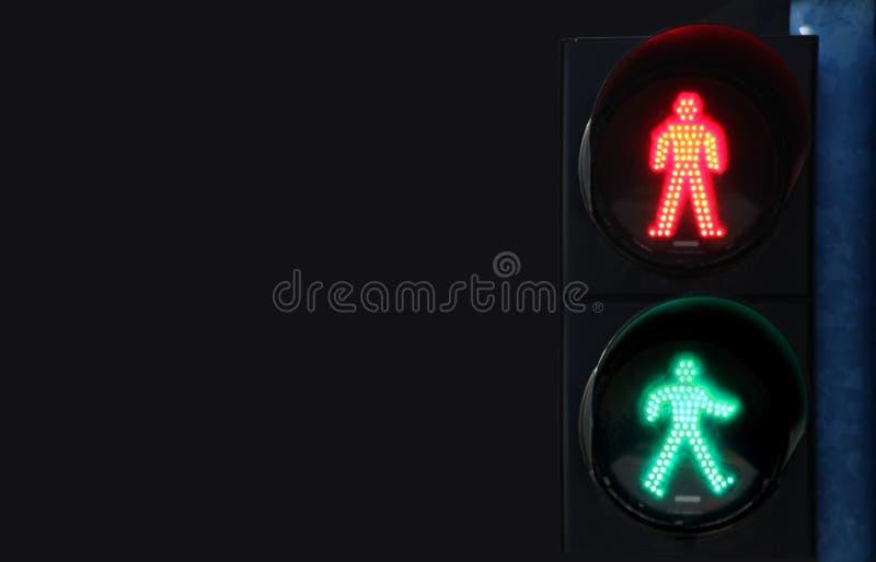 Nytt livbegrepp, trafiksignaler som varnar med den TOMMA bakgrunden royaltyfria bilder