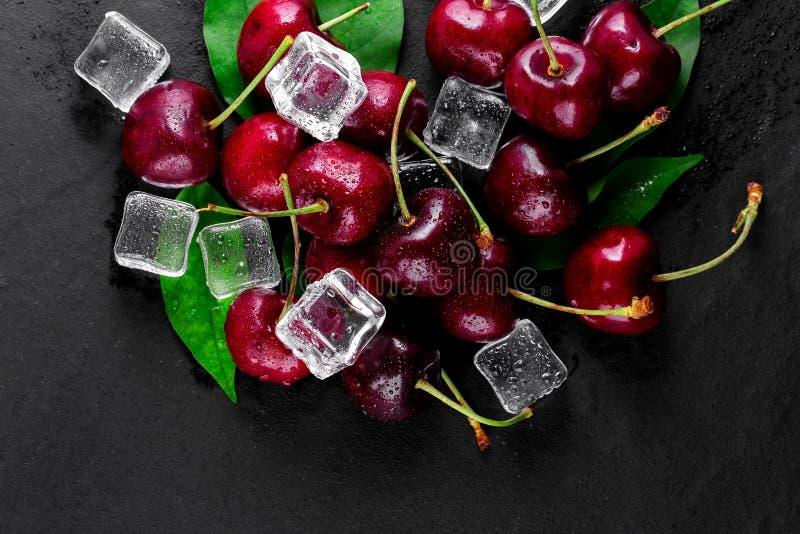 nytt moget f?r Cherry arkivfoton