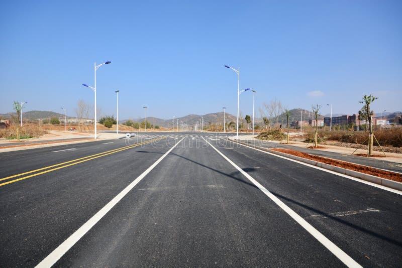 Nytt väg- och infrastrukturbruk arkivbilder