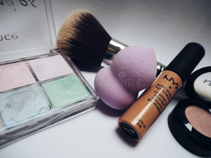 Nyx Lipstick Beside Eye Shadow Palette Free Public Domain Cc0 Image