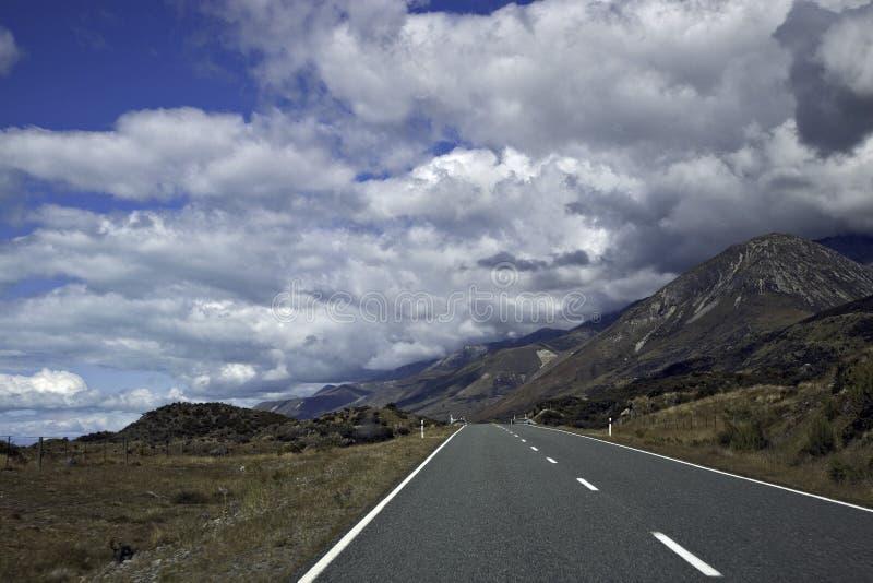 Download Nz road3 arkivfoto. Bild av naturligt, land, majestätiskt - 19789394