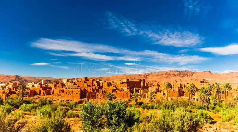 Oásis de Tinerhir ao lado de Dades em Marrocos fotos de stock
