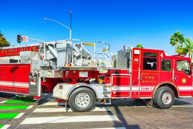 Область Беверли-Хиллз и пожарные машины, спешность, который нужно увольнять стоковое фото