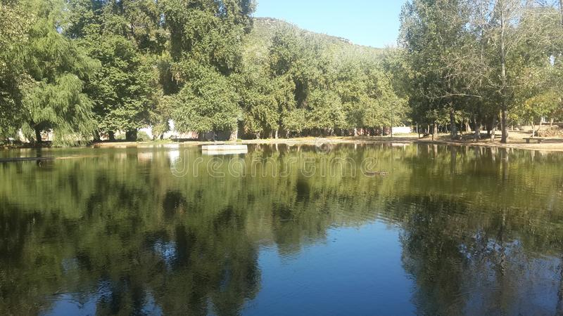 Озеро в центре imouzzer kandar стоковое фото