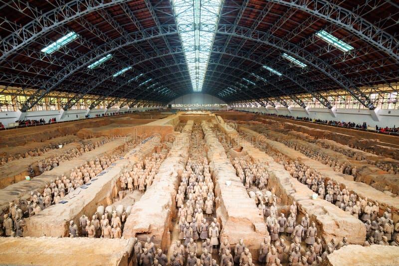 Основной взгляд терракотовой армии, Сиань, провинция Шэньси, Китай стоковое фото