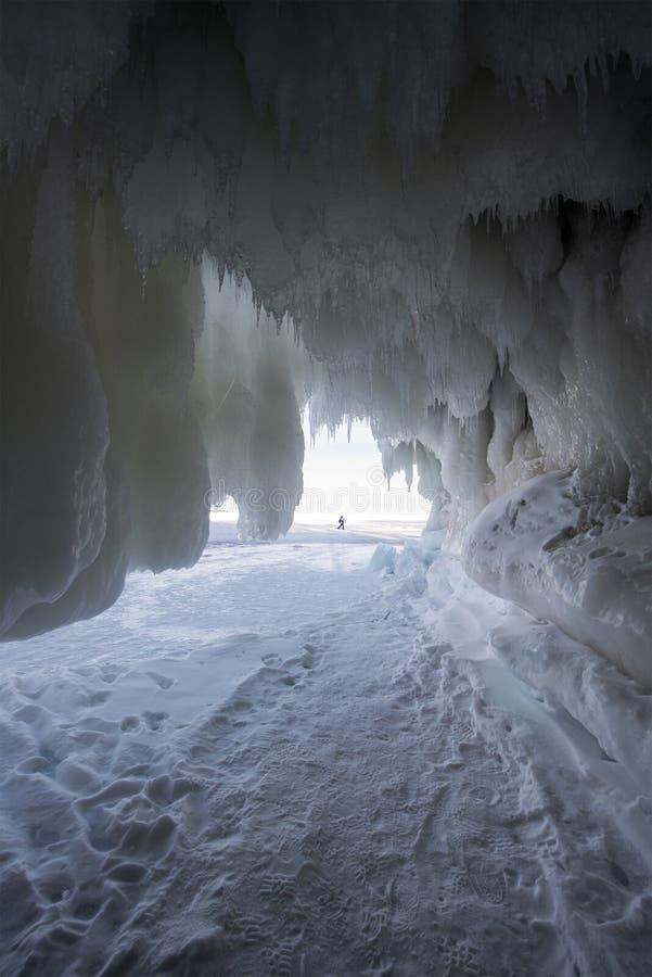 Острова апостола морозят пещеры, зиму, перемещение Висконсин стоковая фотография rf