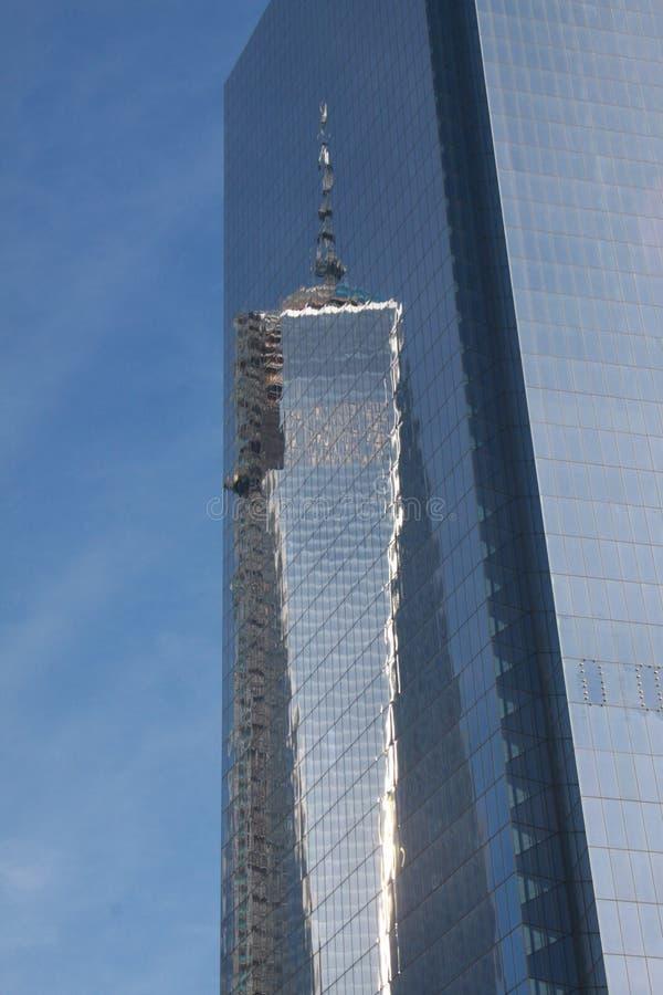 Отражение мировой торговли одного в NYC стоковое изображение