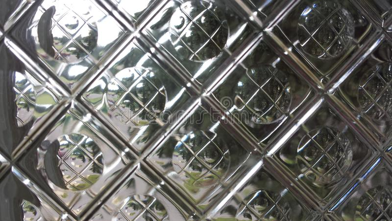 Отражения через стеклянную плитку стоковые изображения