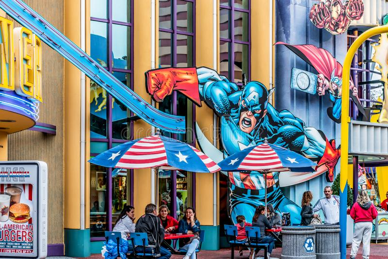 ОРЛАНДО, ФЛОРИДА, США - ДЕКАБРЬ 2018: Капитан Америка, остров супергероя чуда, острова приключения, студии Universal стоковое изображение