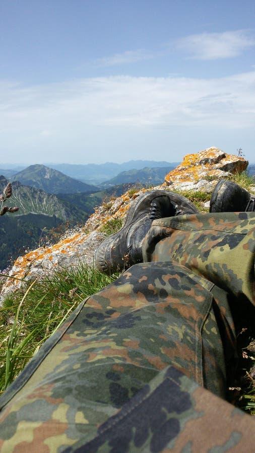 Żołnierz na górze fotografia royalty free
