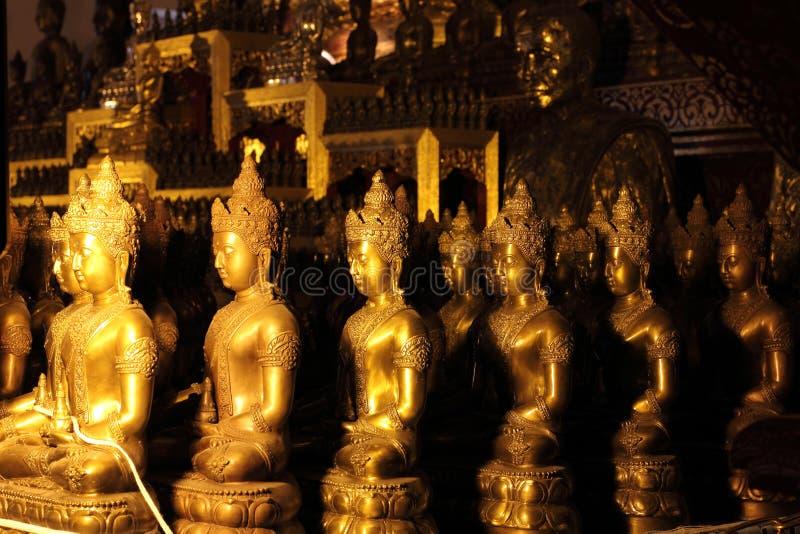 OŁTARZOWY BUDDHA W świątyni 3 zdjęcie stock