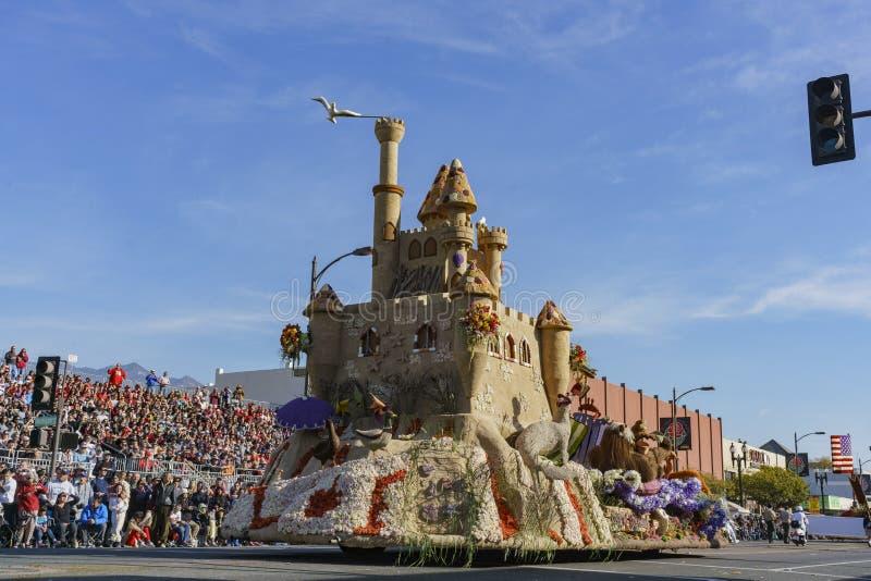 Ośmiornica i kasztel, Założycielski nagroda pławik w sławnym Różanym Parada obraz stock