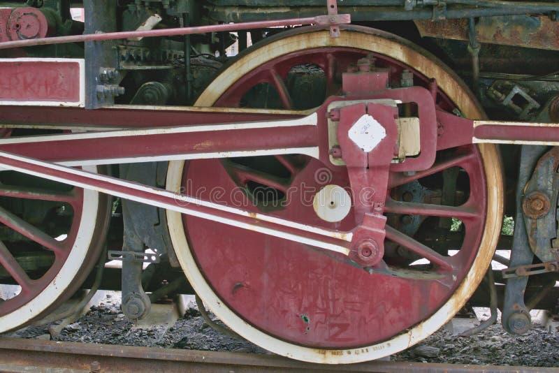 Ośniedziały flywheel parowa lokomotywa obraz royalty free