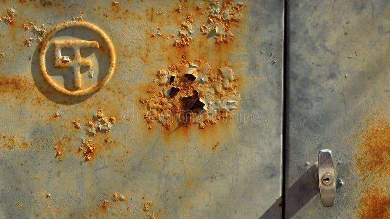 Ośniedziały Lazurowy drzwi zdjęcia royalty free