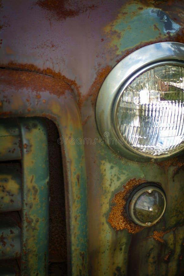 Ośniedziały Stary GMC ciężarówki szczegół obraz stock