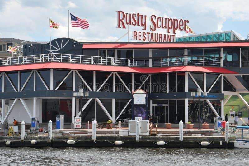 Ośniedziały Zatapia restaurację & baru przy Wewnętrznym schronieniem w Baltimore, Maryland fotografia stock