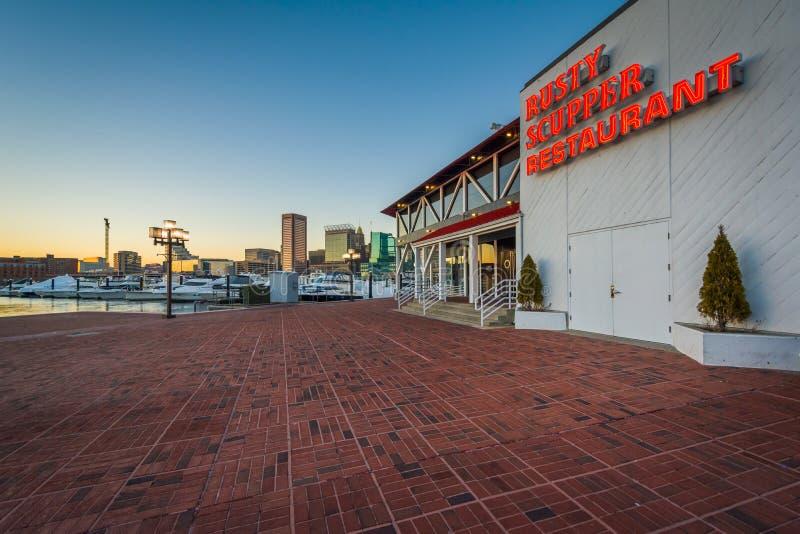 O?niedzia?y Zatapia restauracj?, przy Wewn?trznym schronieniem w Baltimore, Maryland obraz royalty free