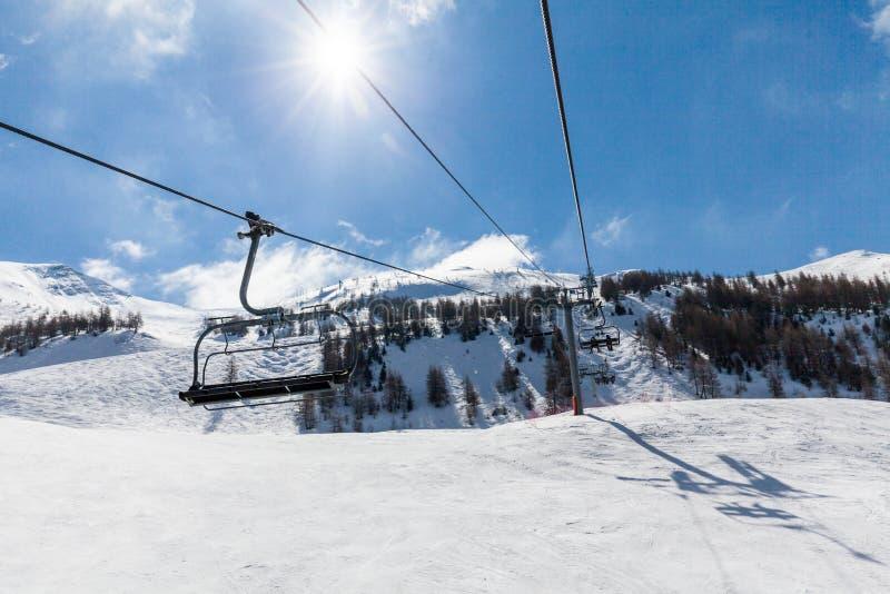 Ośrodek narciarski Les Orres, Hautes-Alpes, Francja zdjęcia stock