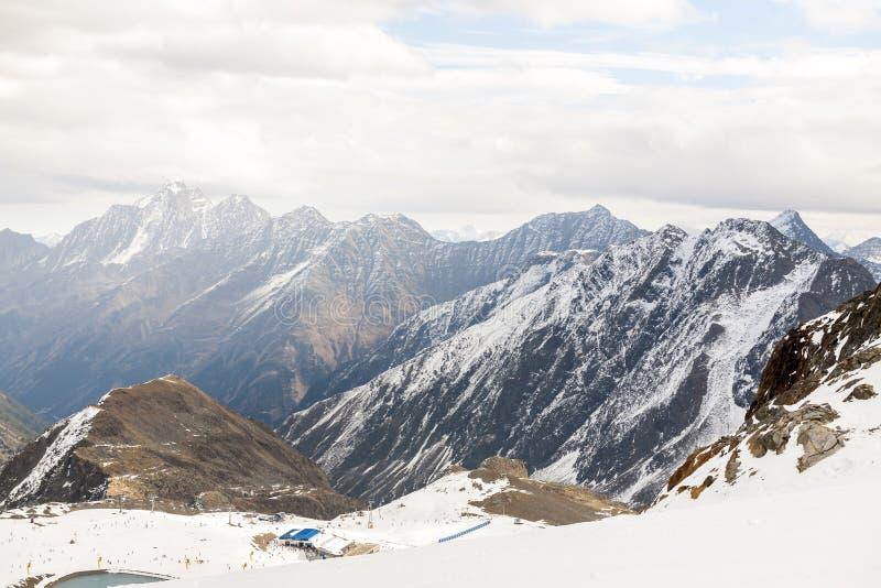 Ośrodek narciarski w Alps górach, Austria, Stubai obraz royalty free