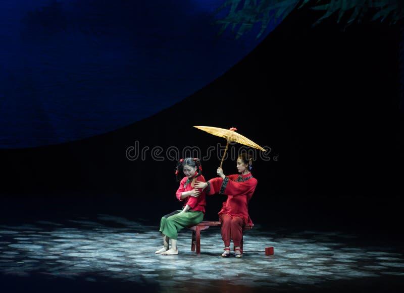 Oświeca akrobatyczną showBaixi sen noc zdjęcia stock
