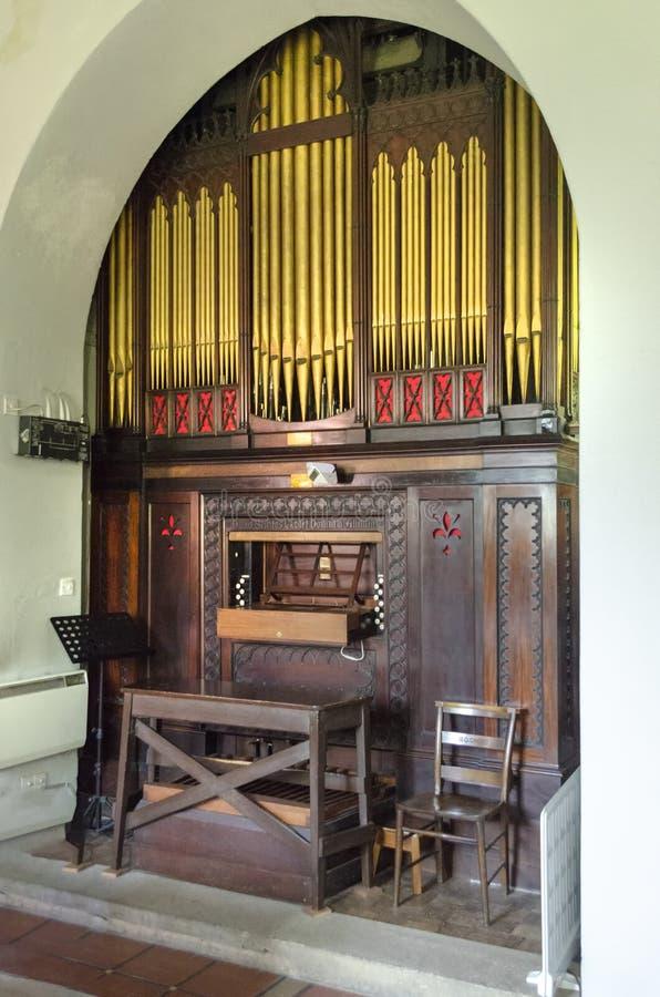 O órgão barroco na igreja Rydal do St Mary's, Ambleside Cumbria Inglaterra 22 de maio de 2018 imagem de stock