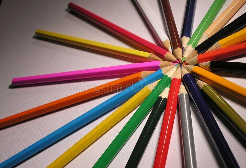Download Ołówek obraz stock. Obraz złożonej z ołówki, tło, colour - 35415