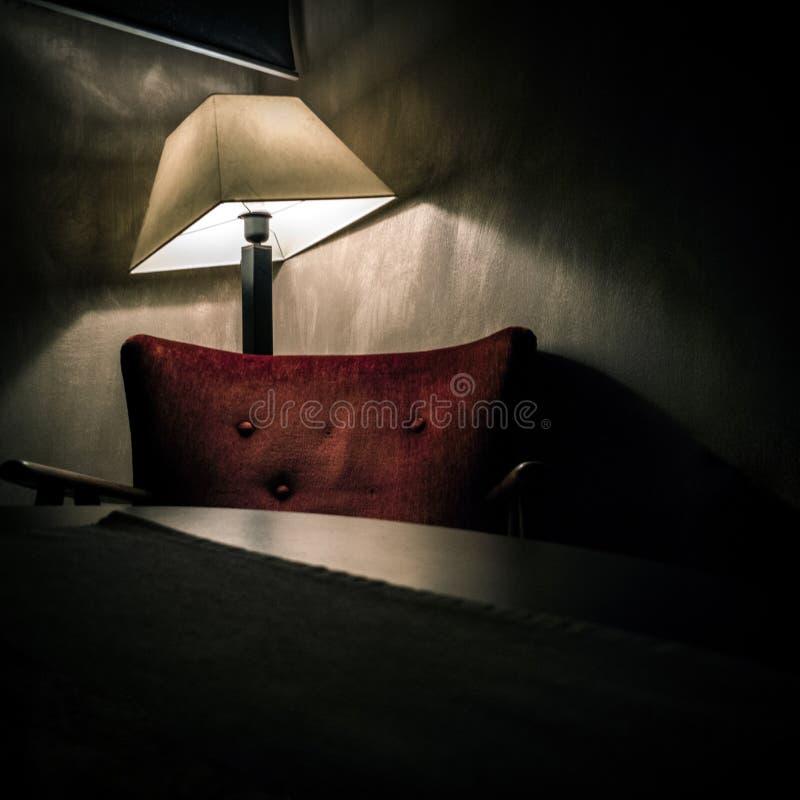 O único lugar calmo na escuridão fotografia de stock royalty free