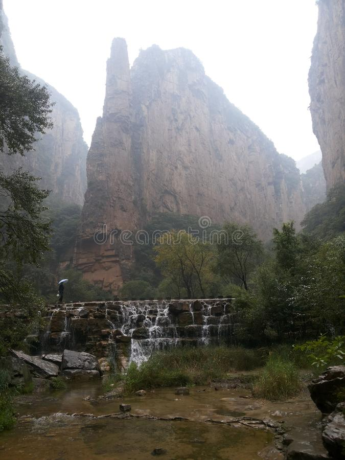 O ˆthe TongTian do ¼ de Babel Gorge Scenic Areaï gorges o ‰ do ¼ do ï foto de stock royalty free