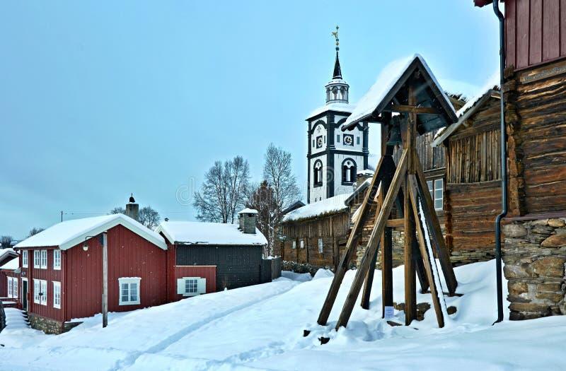 o Μια νορβηγική παλαιά πόλη το χειμώνα στοκ φωτογραφία