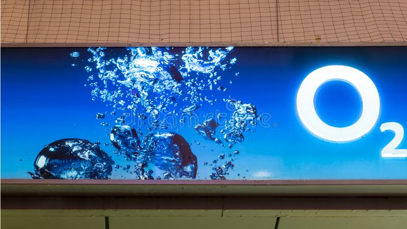 O2被阐明的蓝色略写法  库存照片