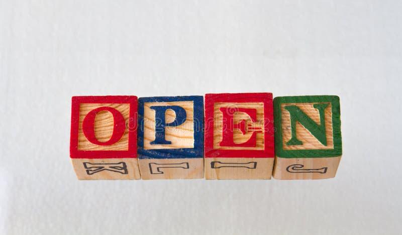 O aberto do termo indicado visualmente foto de stock royalty free