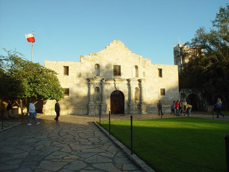 Download O Alamo imagem de stock. Imagem de turista, atração, historic - 67901
